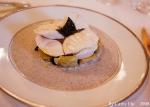 Escalopines de bar poelees, étuvée d'artichaut et truffe